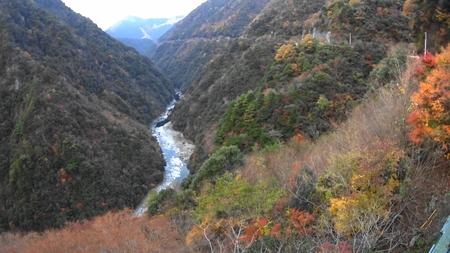 MAH02347ケーブルカー乗り場からの祖谷峡の風景16時30分(2).jpg
